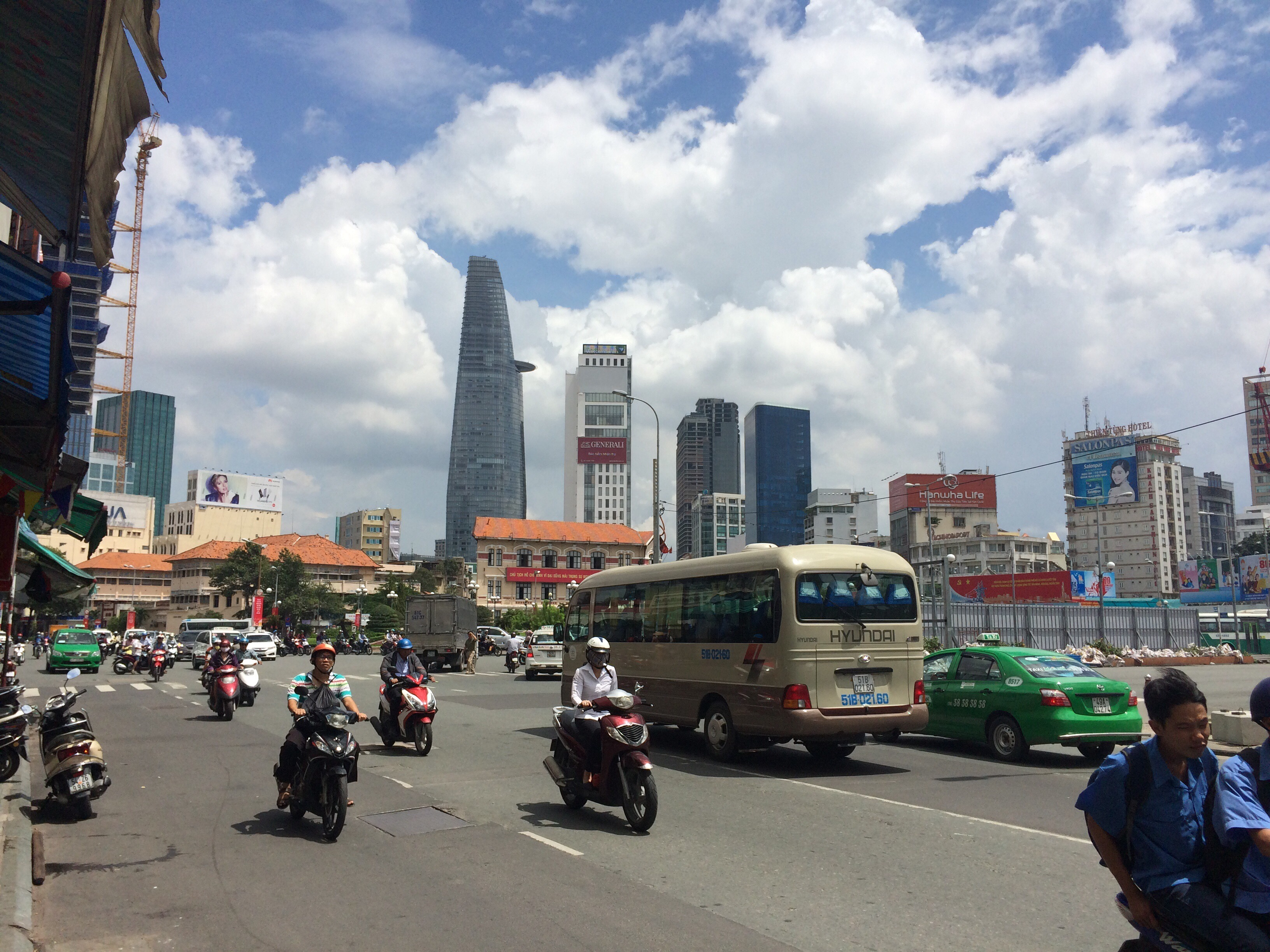 Asian cities ho chi minh city traveloffin for Jardin des sens ho chi minh